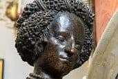 Statue of Kunigunde, sister of Maximilian