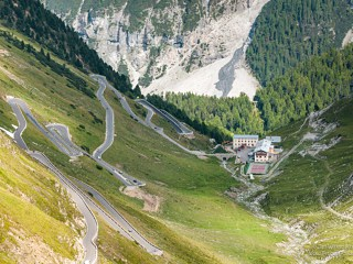 Berghotel Franzenshöhe at the Passo dello Stelvio (Stilfserjoch) road